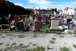Degrado e incuria al cimitero monumentale