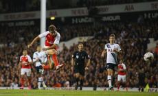 Arsenal's Mathieu Flamini rediscovers scoring flair to down Tottenham