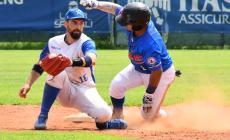 Slitta l'inizio dei campionati di baseball e softball