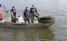 Denunciato per bracconaggio, viola i sigilli sulla barca