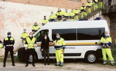 Una targa di riconoscimento per il lavoro svolto da Polizia locale e Protezione civile