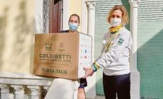 Pacchi di prodotti made in Italy distribuiti a chi è in difficoltà