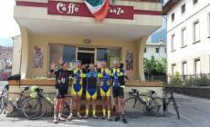 """Dieci intrepidi ciclisti polesani <br/> conquistano il """"Brevetto del Grappa"""""""