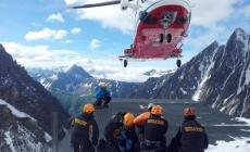 Cade nel vuoto nell'arrampicata: muore climber