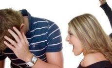 Picchiato dalla convivente: gli rompe i denti
