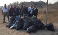 """""""Il mare d'inverno"""", raccolti 40 sacchi di rifiuti lungo le spiagge"""