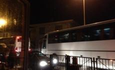 Valliera nella morsa dei mezzi pesanti, le proteste dei residenti