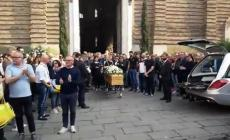 Lo struggente addio a Toni Manero, bianconero per sempre