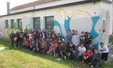 Il murales degli studenti dà il via ad Arte per la Libertà