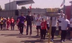 """Sara Zanca con la fiaccola degli """"Special Olympics"""" a Canaro"""