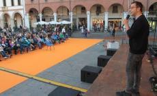 Il sole bacia RovigoRacconta, e la piazza si riempie