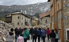 I pellegrini di Borsea visitano uno dei paesi colpiti dal sisma