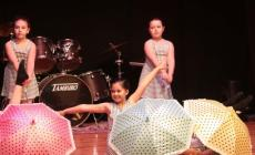 Musica e danza, che festa per i saggi della Sichirollo