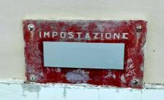 """Cassetta postale """"cucita"""" basta servizio al centro civico"""