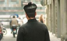 Anziano parroco truffato: finti avvocati gli scuciono 9mila euro