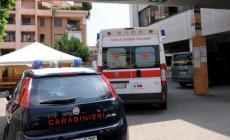Barca impazzita finisce sull'auto dei carabinieri