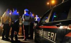Tragico schianto nella notte: un morto e sei feriti, fra cui due bambini