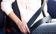 Cinture di sicurezza: multa doppia se il passeggero non la indossa