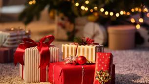 Sì allo shopping natalizio, ma per il cenone massimo in sei