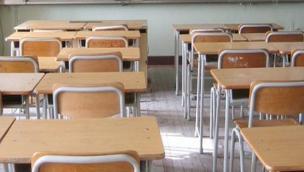 Il sindaco chiude le scuole medie per tamponi a tutti gli insegnanti