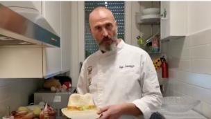 Come preparare insalata di uova e rosoline