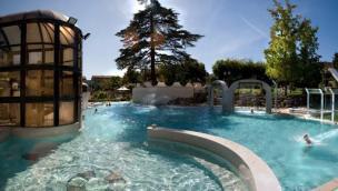 Riaprono le piscine termali