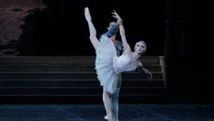 La ballerina della Scala che denunciò i disturbi alimentari nelle danzatrici ospite del Circolo di Rovigo