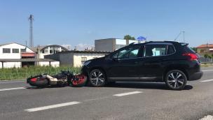 Schianto in Romea, motociclista in ospedale