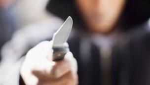Tenta la rapina al bar ma poi scappa lasciando il coltello sul posto. Arrestato un 28enne di Fiesso
