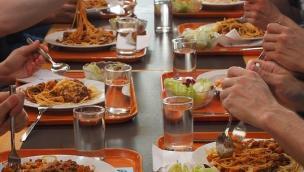 """""""I ristoranti possono diventare mensa per gli operai, ecco come"""""""