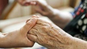 Anziani e pensionati, prime vittime del covid. Ecco le richieste dalla Cna a sostegno