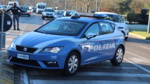 Poliziotto 58enne si spara e muore in commissariato