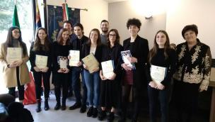 """Ben 48 studenti """"eccellenti"""" premiati da Omar Barbierato"""