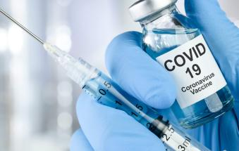 Il 90% degli operatori sanitari dell'Ulss è già stato vaccinato. Ma c'è anche un 6% che non vuole