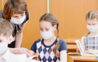 """""""Ci sono bimbi fragili, la scuola no mask li mette a rischio"""""""