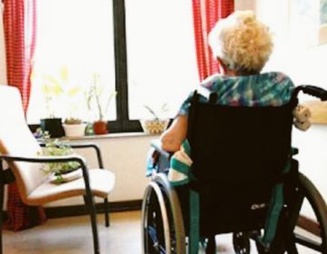 """""""Case di riposo: la Regione assuma personale e paghi le rette agli anziani"""""""