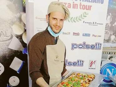 """Mirko Boniolo terzo classificato al """"Pizza in tour"""""""